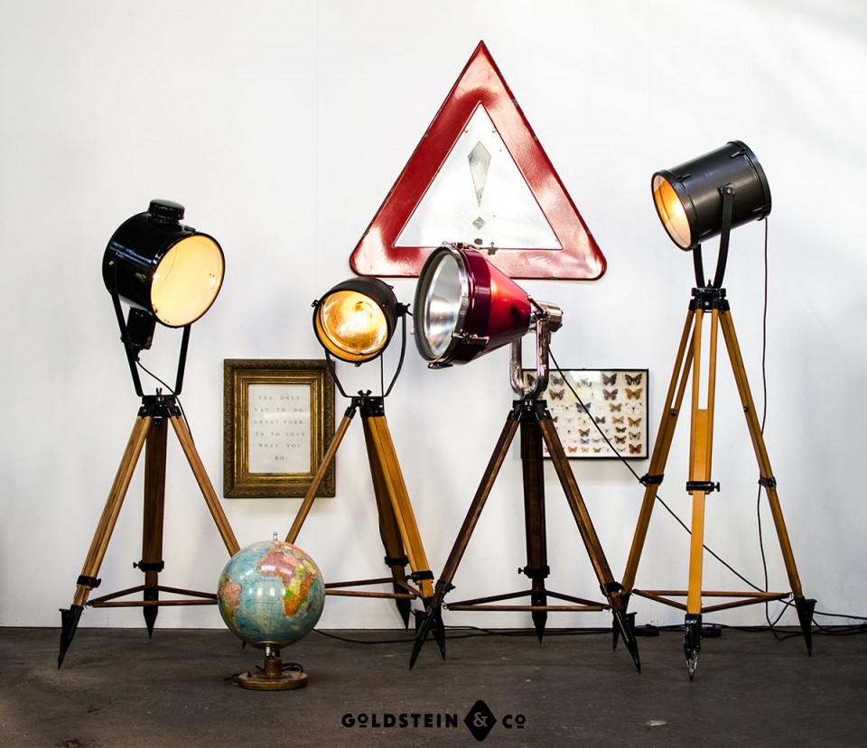 Vier Außerordentlich Individuelle Scheinwerfer Auf von Scheinwerfer Lampe Wohnzimmer Bild