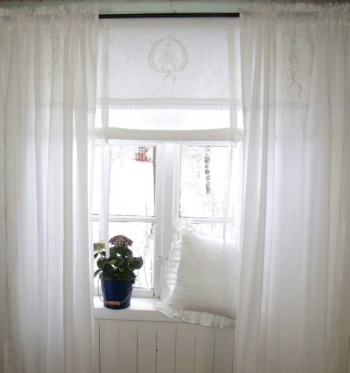 Vorhang Amalie Weiss Gardine 120X240 Cm 2 Stück von Romantische Gardinen Wohnzimmer Bild