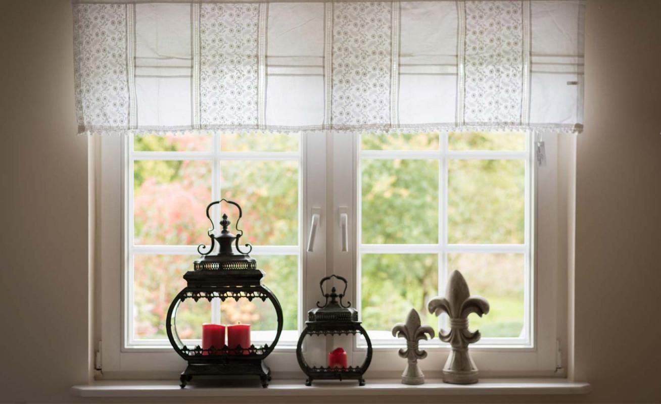 Vorhänge Für Kleine Fenster von Gardinen Wohnzimmer Kleine Fenster Bild