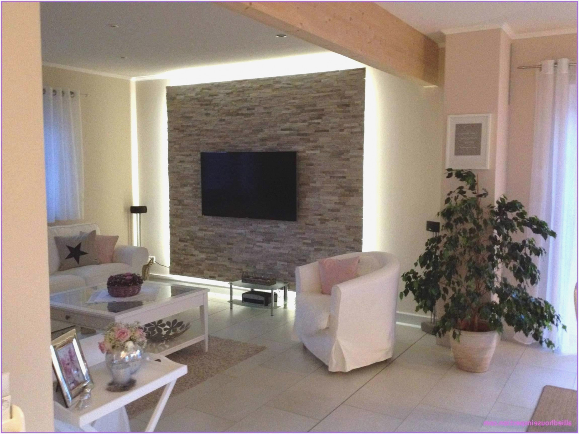 Wand Im Wohnzimmer Gestalten  Wohnzimmer  Traumhaus von Wände Im Wohnzimmer Gestalten Bild