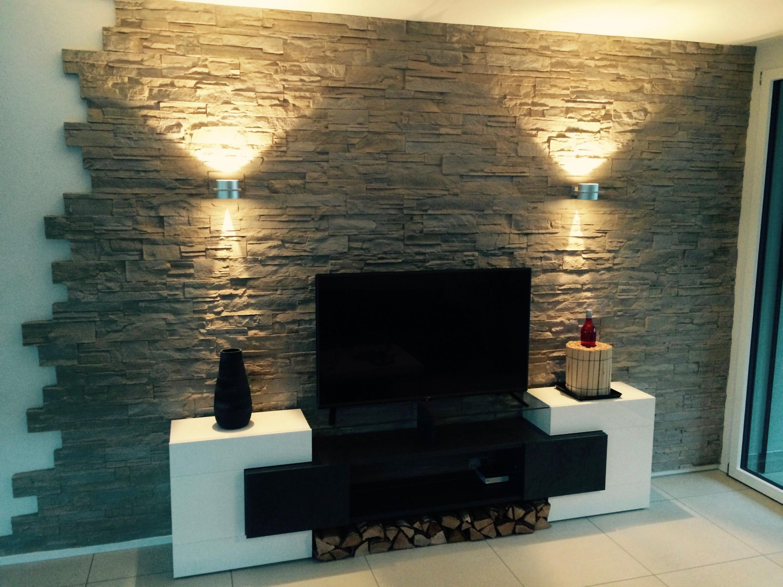 Wandgestaltung Stein Lascas  Steinwand Wohnzimmer von Wohnzimmer Wände Gestalten Farbe Bild