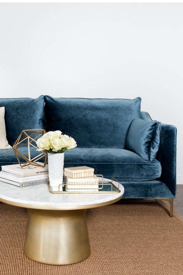 Weiches Samtsofa Und Alles Elegant  Möbel Design von Deko Möbel Wohnzimmer Bild