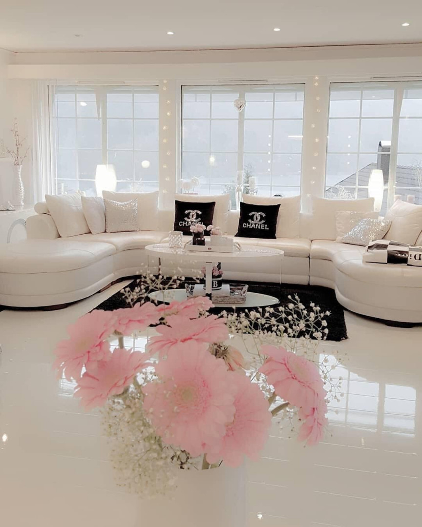 Weißes Chanel Wohnzimmer  Wohnzimmer Einrichten Ideen von Weißes Wohnzimmer Einrichten Bild