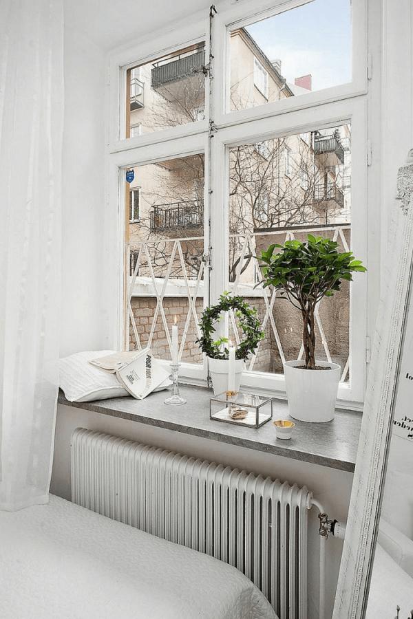 Wohnzimmer Deko Fensterbank In 2020  Schlafzimmer von Wohnzimmer Fensterbank Deko Photo