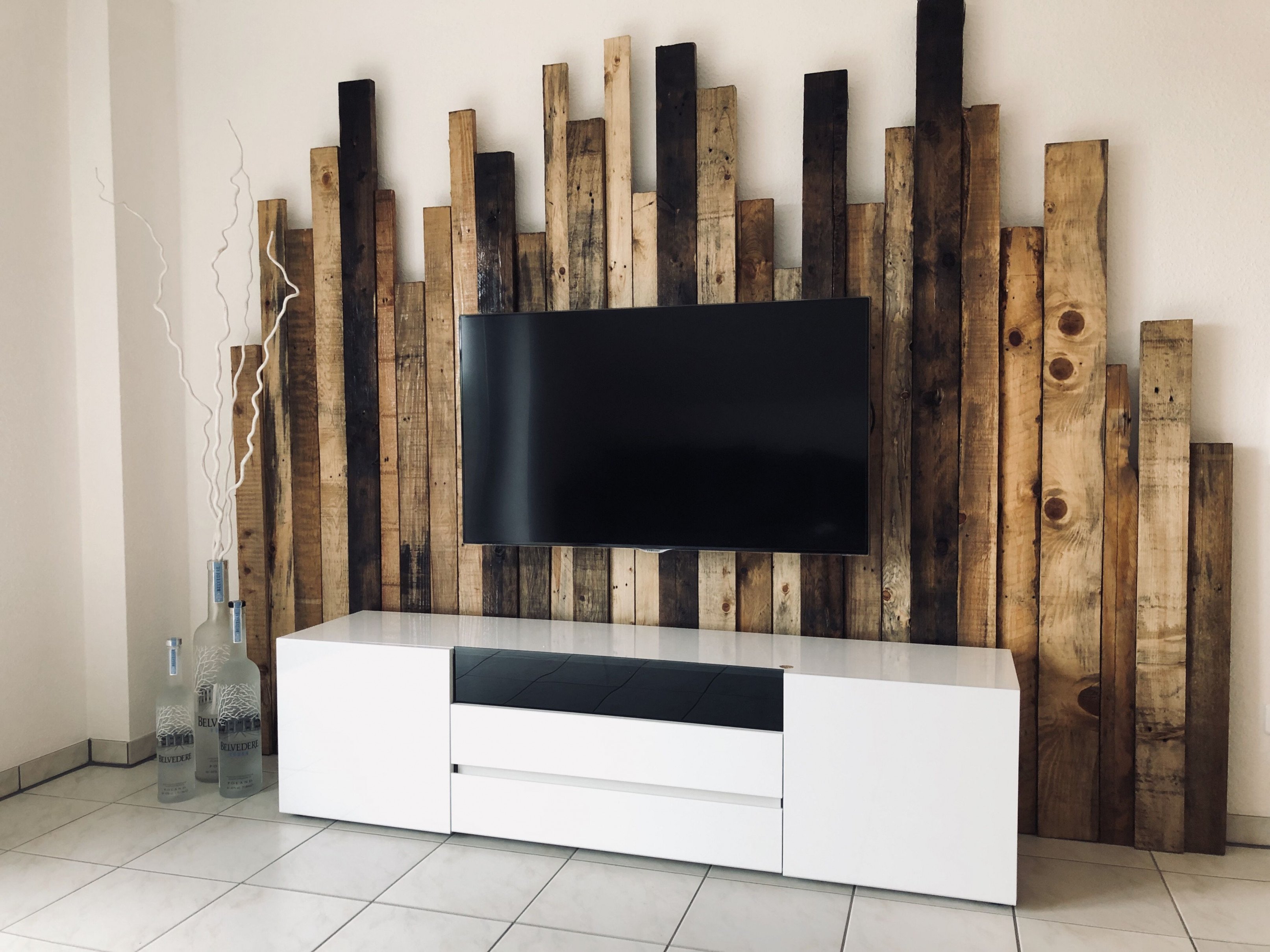 Wohnzimmer  Holzwand Wohnzimmer Wohnung Dekoration von Wohnzimmer Fernsehwand Ideen Bild