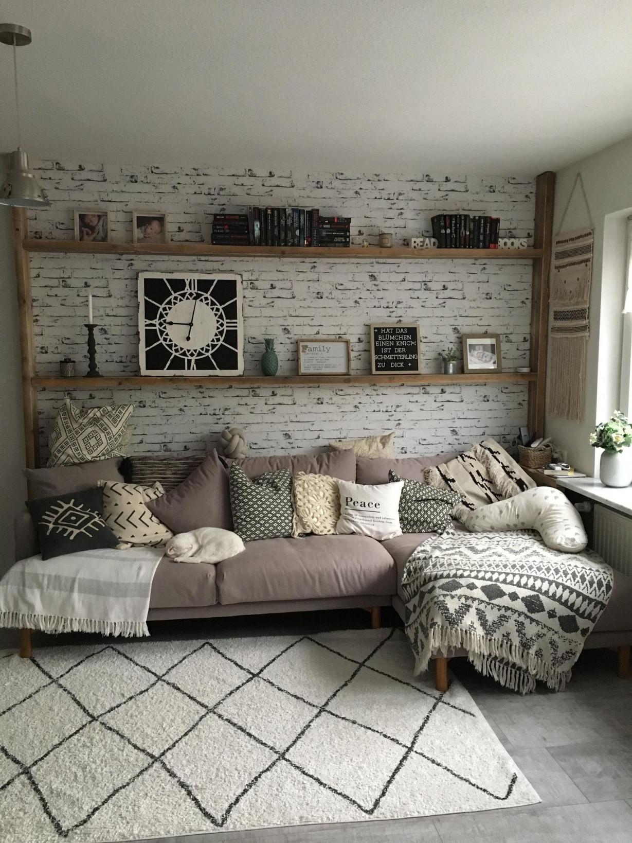 Wohnzimmer Hygge  Wandgestaltung Design Wohnzimmerwand von Wohnzimmer Wände Gestalten Bilder Photo