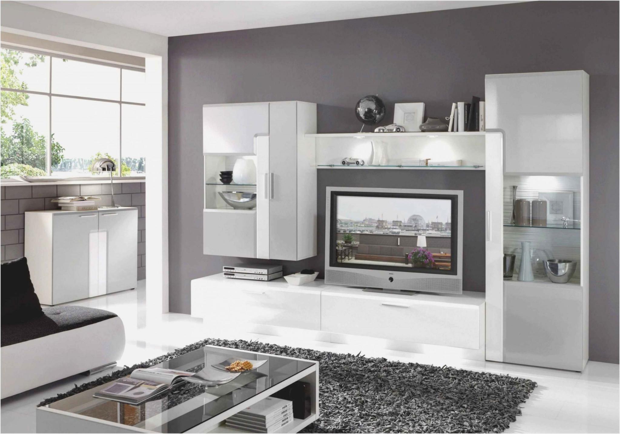 Wohnzimmer Ideen Weiß Lila  Wohnzimmer  Traumhaus von Wohnzimmer Ideen Weiss Grau Bild