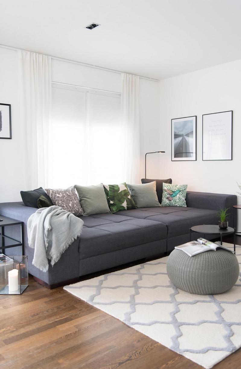 Wohnzimmer In Grau  Grün  Soul Follows Design In 2020 von Wohnzimmer Grau Grün Deko Bild