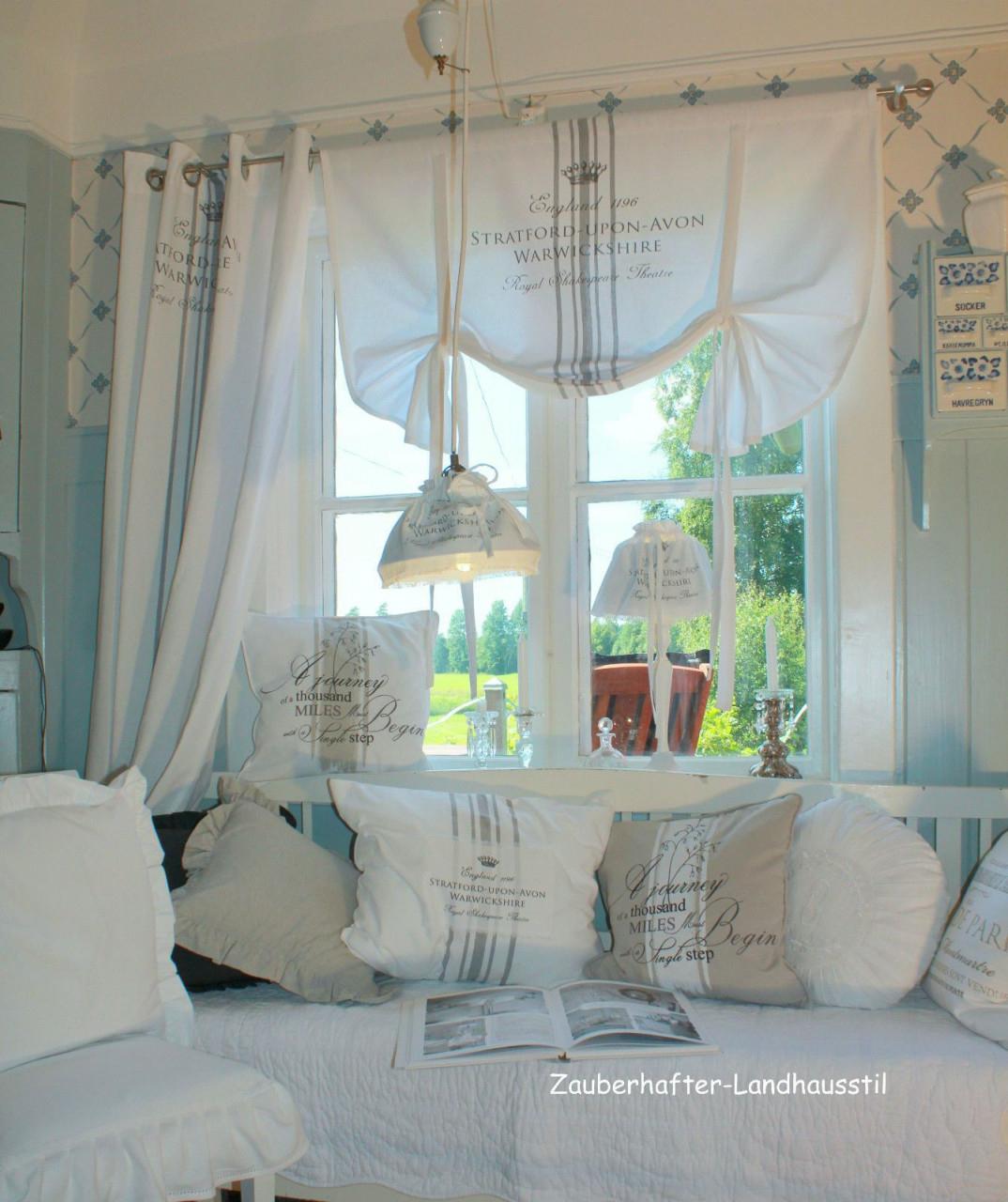 Zauberhafte Wohnidee Im Landhausstil  Gardinen Wohnzimmer von Vintage Gardinen Wohnzimmer Bild